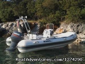 Speedboat Maestral 490 charter