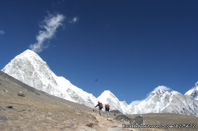 View on the way to Kalapathar - Classical Everest Base Camp Climbing