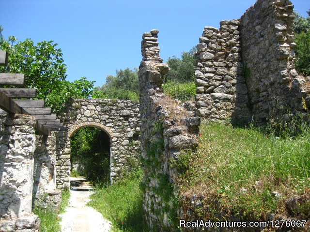 Walk through the centuries - Walking&Hiking, sightseeing, Corfu Beach, holidays