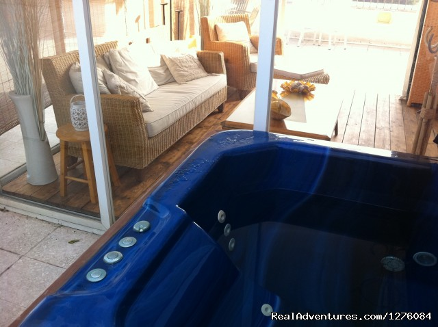 - Penthouse with outdoor Jacuzzi