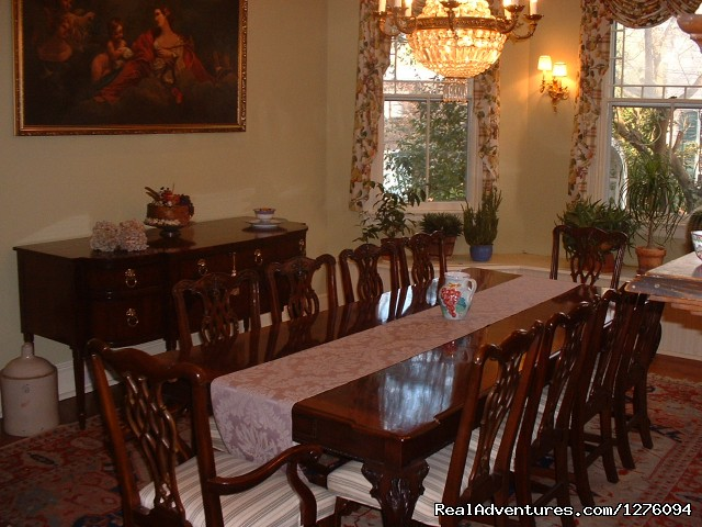 Dining Room (#4 of 7) - Camellia Cottage Bed and Breakfast