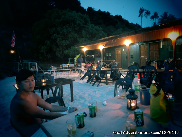 Beach BBQ - Alantis Bay Resort, diving paradise in Malaysia