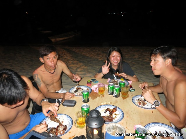 BBQ by the sea - Alantis Bay Resort, diving paradise in Malaysia