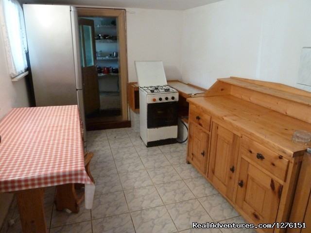 Kitchen - Transylvanian Chalet close to Bran Castle B&B
