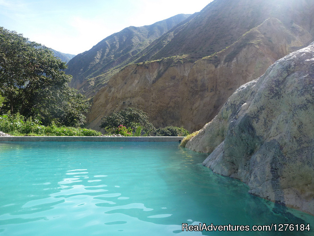 Fresh swimming pool after  nice trek - Colca Canyon trek Arequipa -Per?