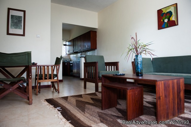 Vacation Rentals Short And Long Stays: Living Room apartment 3