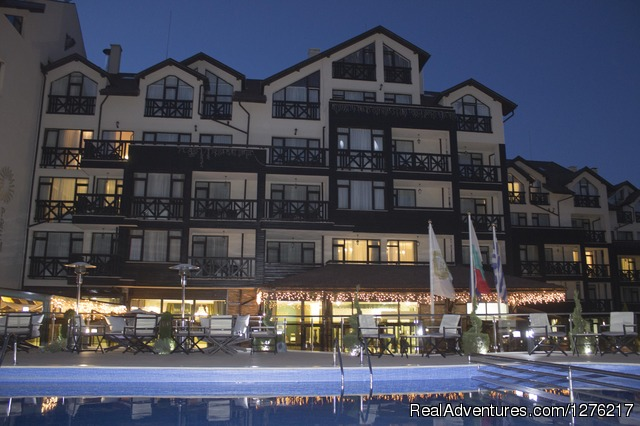 Premier Luxury Mountain Resort Exterior view