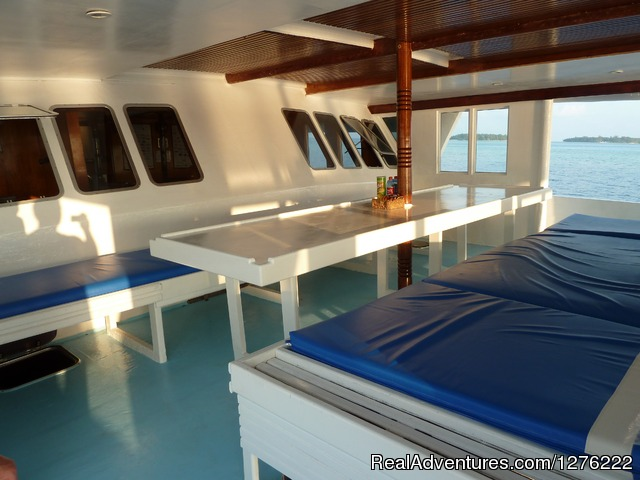 - NEW: Snorkel Cruise in Maldives