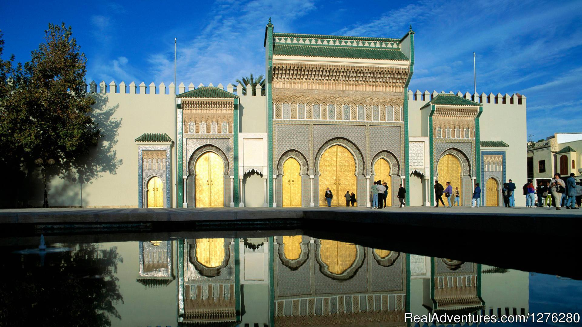 Entrance of the Royal palace in fes | Image #13/16 | Morocco Itinerary Tours