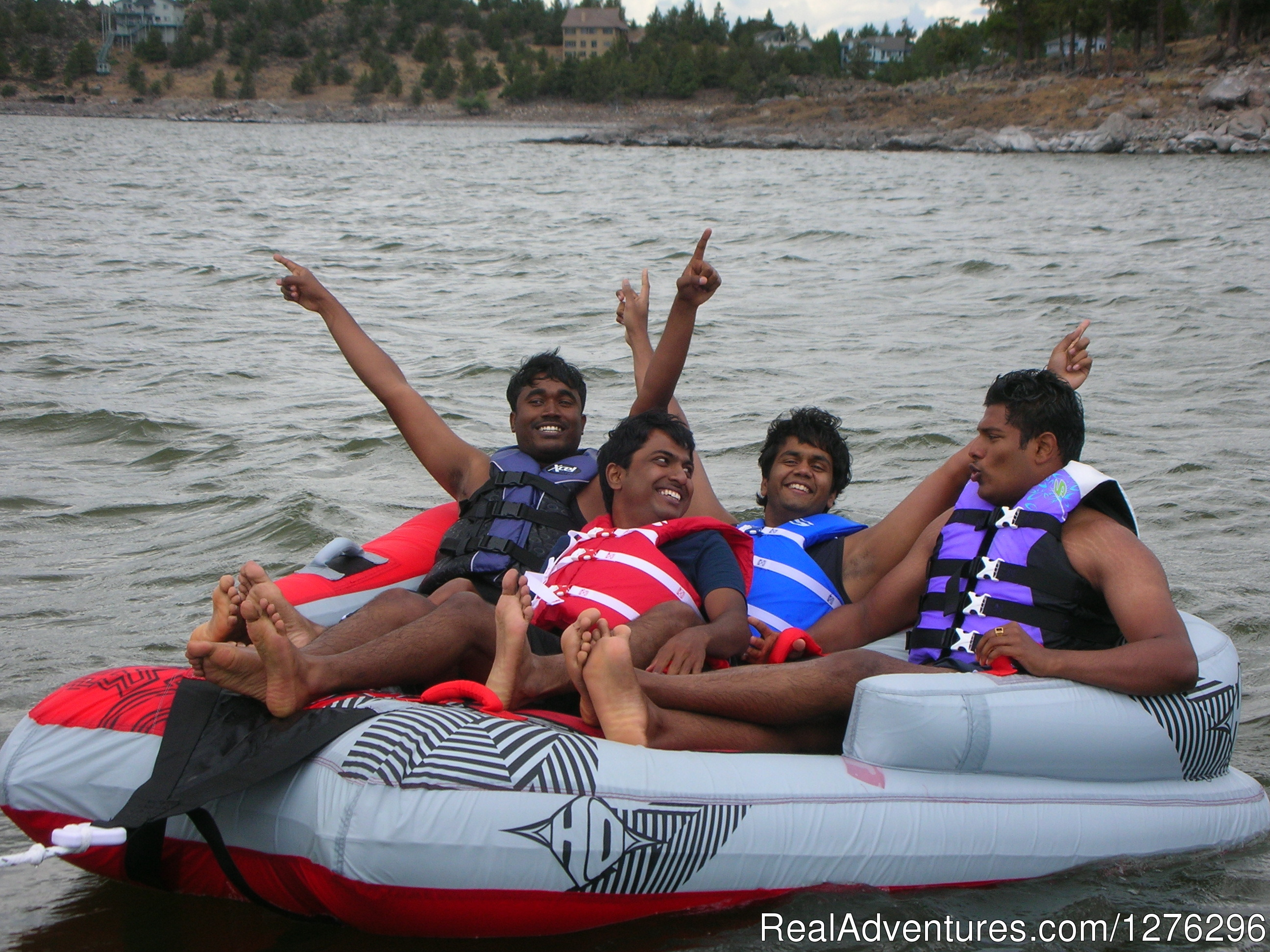Boating Tours Weed California Scenic Cruises Boat Tours