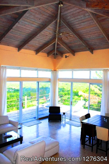 Living Room - Vieques-villa Top of the Heap