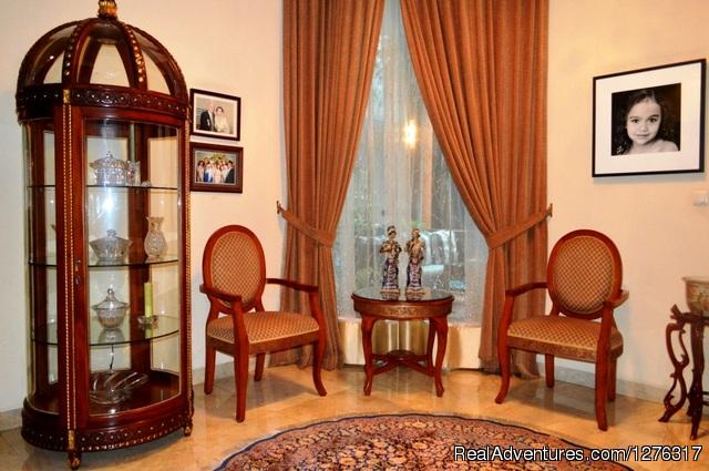 - Pesona Guest House Jakarta