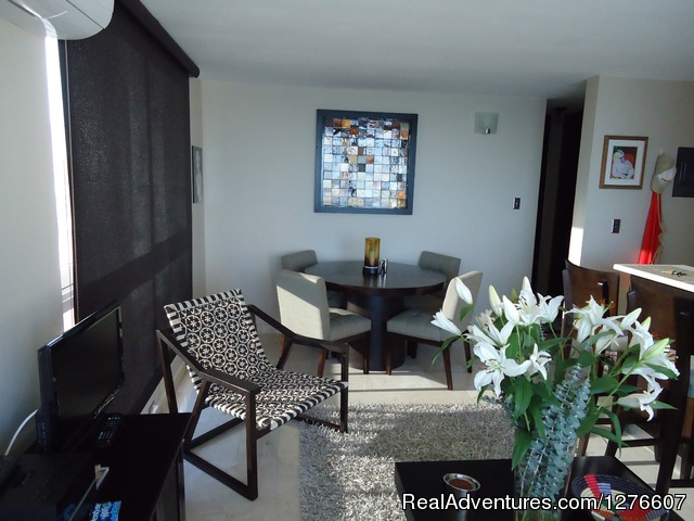 Living Room And Dinner - Great Location In the Hart of Condado
