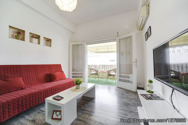 - Great apartment with sunny balcony near the beach