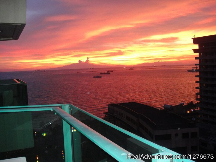 Manila  Bay   view   apartment Malate, Philippines Vacation Rentals