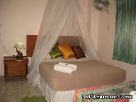 Sananwan Palace Guesthouse Near Bkk Airport: A Superior suite room style