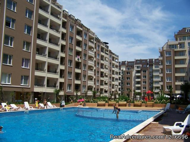 Burgas Apartment in gated community/ walk to beach