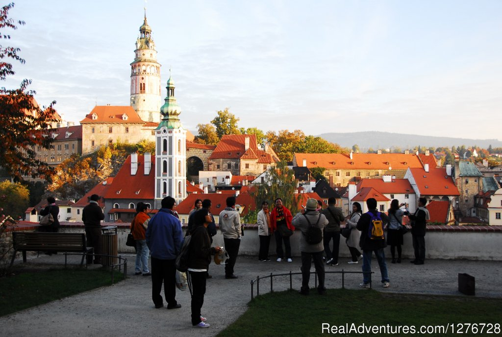 Private group in Cesky Krumlov(UNESCO medieval town) | Image #8/21 | ATYPUS ADVENTURES - european private tours