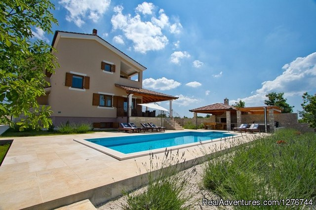 Villa Stokovci with Pool and seaview