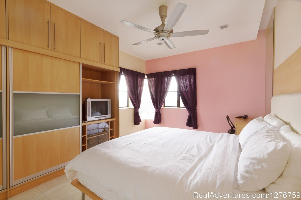 Image #7/10 | Very Clean and Central Fully Furnished Condo