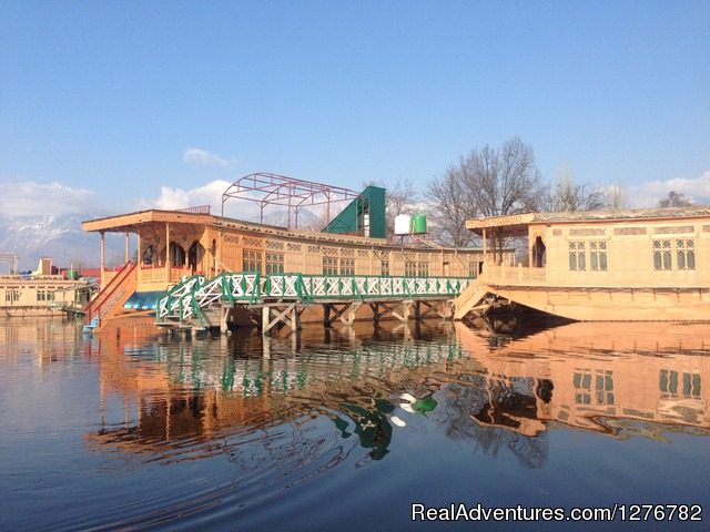 Majestic Group of House Boats Srinagar, India Bed & Breakfasts