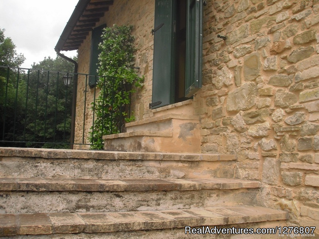 First floor - Old stonehouse with pool in the heart of Italy