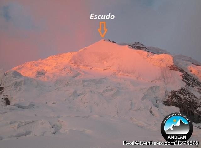 Andean Peaks Trekking & Climbing Climbing Huascaran Mountain 6768m.