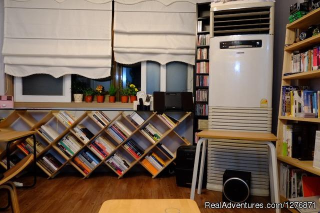Living room - BnB Guesthouse GET Hongdae, Seoul