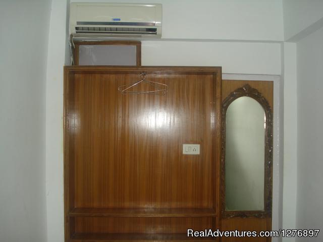 Hotel Ganpati: