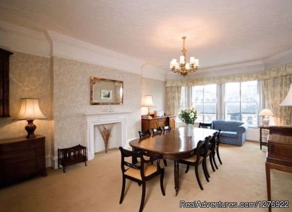 Modern South Kensington Apartment | Image #3/23 | Quality London Serviced Apartment for Great Breaks