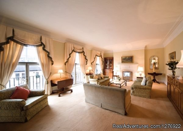 Modern South Kensington Apartment | Image #4/23 | Quality London Serviced Apartment for Great Breaks