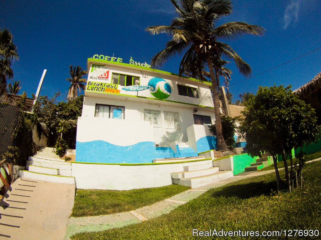 Front View | Image #5/8 | Surf Hostel Cabo