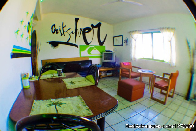 Surf Hostel Cabo: breakfast Area