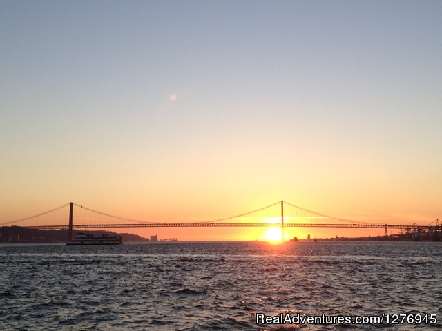 Sunset in Lisbon - Boat trips in Lisbon