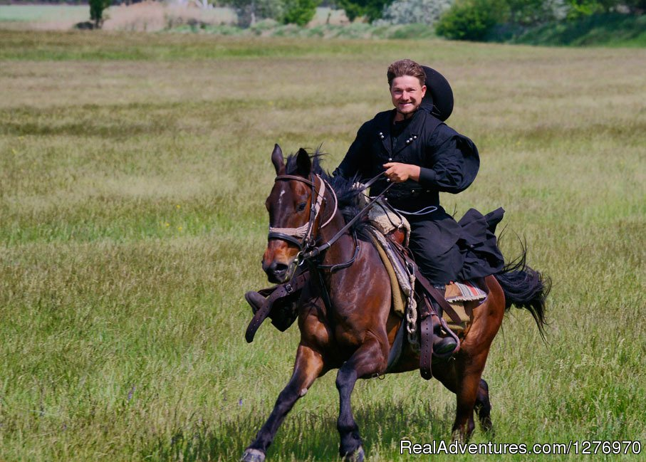 The 'Csikos' is the mounted horse-herdsman of Hungary | Image #8/18 | Explore the Hungarian Puszta on horse back