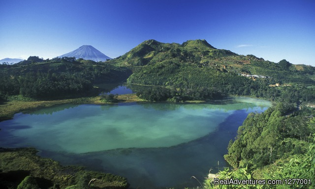 Home Of The Gods: Central Java Jogyakarta, Indonesia Sight-Seeing Tours