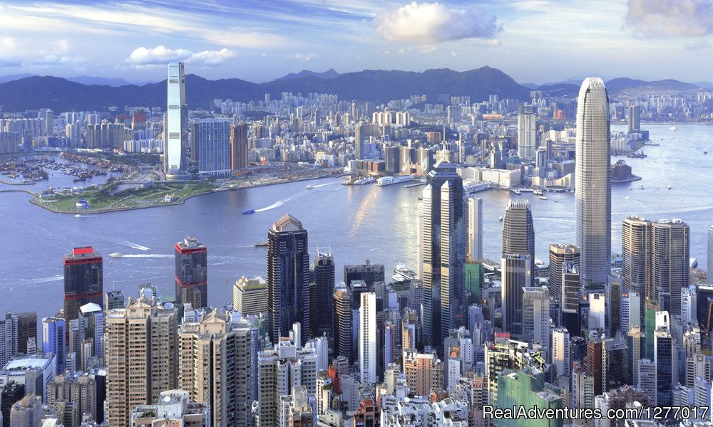Experience the magnificent metropolis of Hong Kong, the East's most Western city, and take a glimpse at the fascinating fusion of foreign and domestic, old and new.