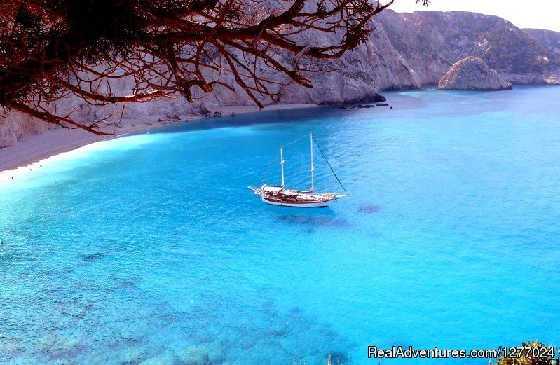 ANATOLIE on anchor in a bay | Image #2/14 | Authentic way to enjoy Greek islands like Odysseus