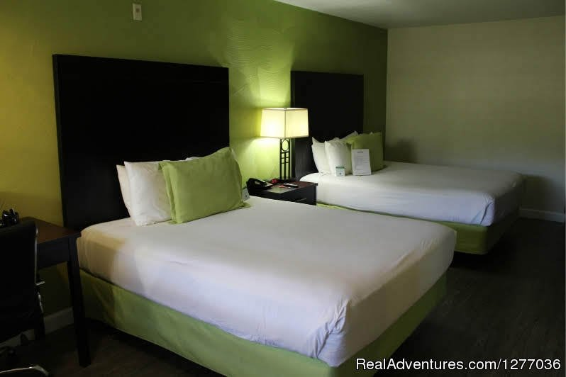 2 Queen Bed | Image #3/6 | Western Inn/ San Diego/Old Town