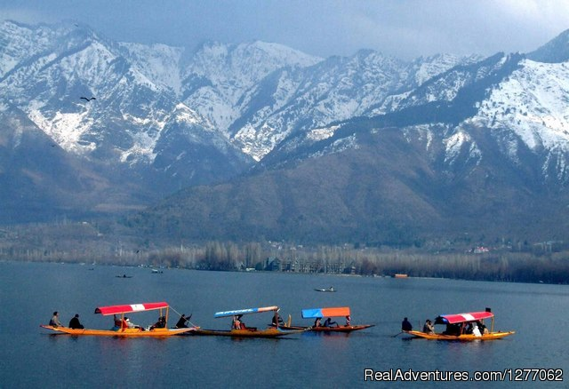 Booking's Open For a Splendid Kashmir Tour