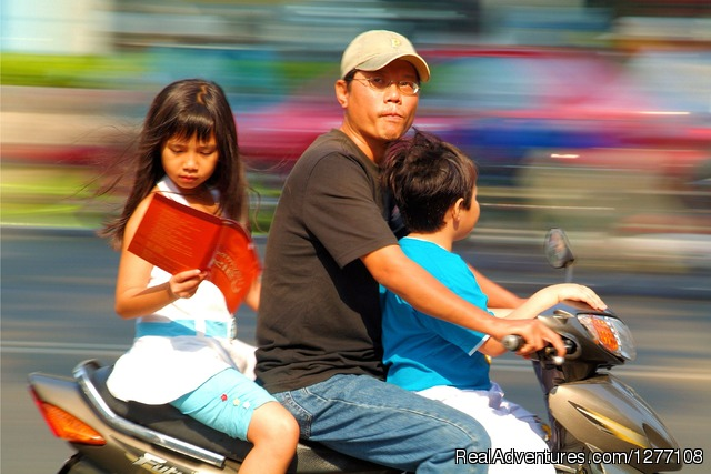 Vietnamese people - Good Morning Ho Chi Minh City