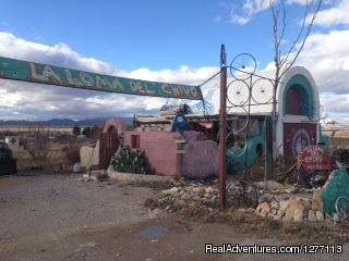 La Loma del Chivo: A Creative Community Marathon, Texas Youth Hostels