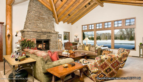 - Swan Home in Jackson Hole,WY