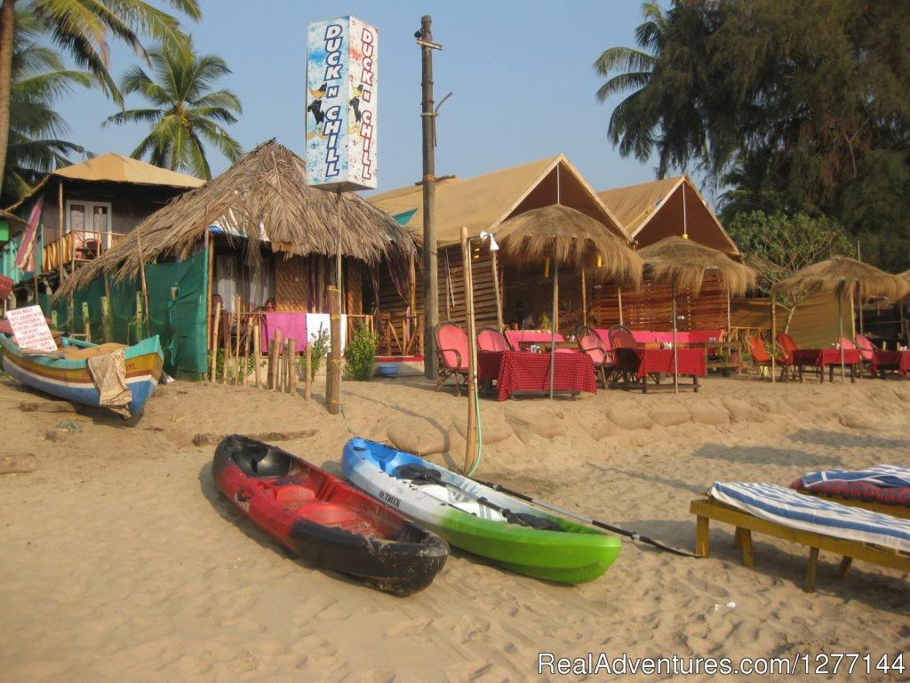 10 Beachhuts and a restaurant with indian and international food is waiting for you