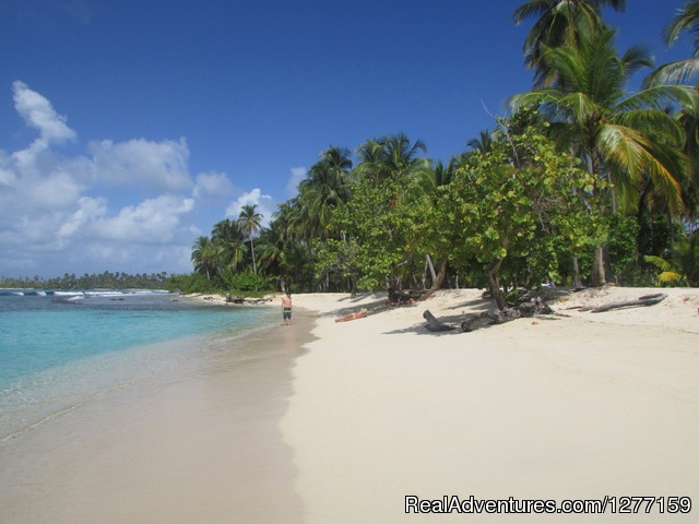 Waisaladub Island - Sailing in San Blas Islands