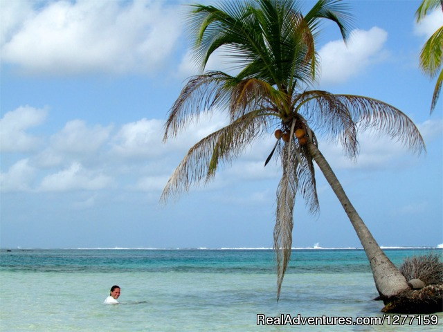 Barbaque Island - Sailing in San Blas Islands