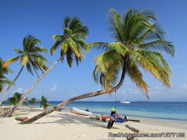 Paradise - Sailing in San Blas Islands