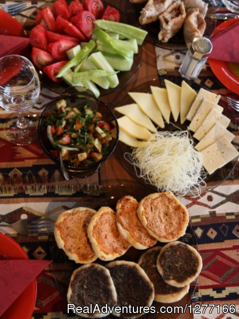 Aryans Tours Armenian traditional food