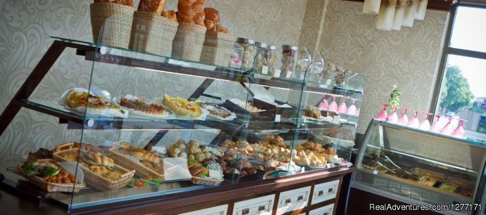 The hotel's sweetshop | Image #16/17 | Traditions and Comfort at Roman Boutique Hotel&Spa