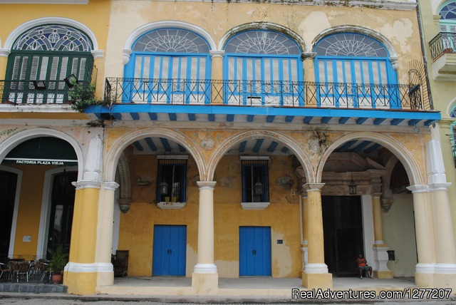 Spectacular apartment in Plaza VIeja, Old Havana